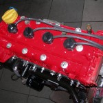 Silnik 1.4 16V w trakcie przygotowania do montażu