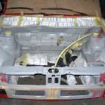 Po wspawaniu mocowań silnika przygotowaliśmy komorę do malowania