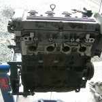 Po bliższych oględzinach okazało się, że miał to być silnik 2.0 ABF a w aucie zamontowany został 1.8 i w dodatku zatarty
