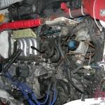 Silnik z grubsza poskładany. Teraz wydech i trochę porządku pod maską.