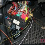 Elektryka z grubsza ogarnięta. Teraz trzeba ją uporządkować i auto prawie gotowe