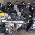 Nowy silnik przygotowany do montażu.