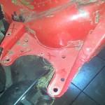 Mocowania starego silnika trzeba usunąć