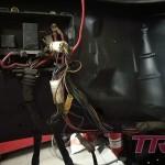Przed ostatecznym montażem silnika, czas na ogarnięcie wiązki w komorze silnika